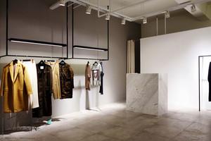 简约风格服装店设计装修效果图鉴赏