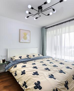 现代简约风格浅色温馨卧室装修效果图鉴赏