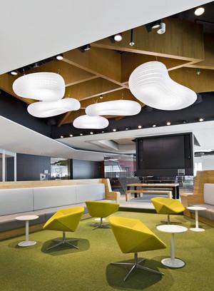 现代简约风格小型办公室设计装修效果图