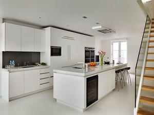 现代风格精致开放式厨房装修效果图赏析