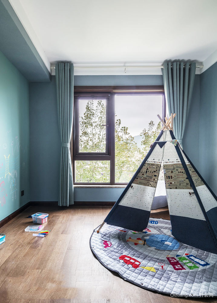 北欧风格简约清新儿童房设计装修实景图