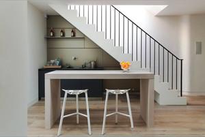 现代简约风格精美室内吧台设计装修图