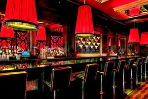 复古风格创意酒吧设计装修效果图