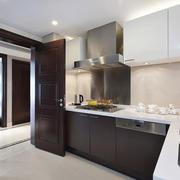 8平米现代风格精致厨房设计装修效果图