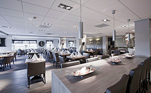 76平米现代简约风格餐厅装修效果图