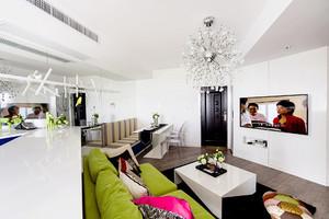 63平米现代简约风格一居室室内设计装修实景图