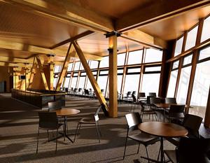 现代风格精致餐厅设计装修实景图