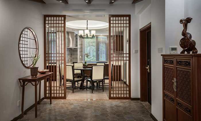 中式风格古典精致餐厅隔断设计装修效果图