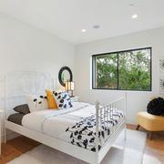 北欧风格简约温馨卧室装修效果图