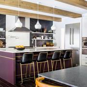 现代风格时尚开放式厨房吧台设计装修效果图