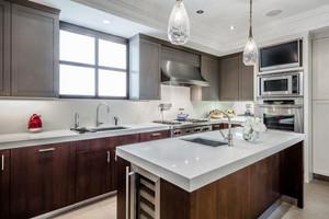 现代风格精致整体厨房设计装修效果图赏析