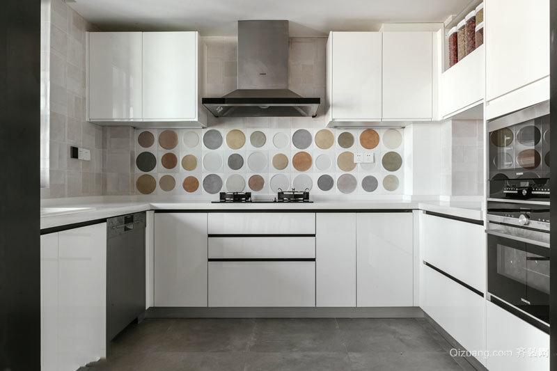 简约风格白色厨房橱柜设计装修效果图