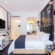 个性创意后现代卧室装修效果图