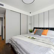 简约风格白色主卧室设计装修图