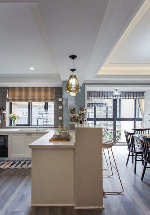 美式风格精致室内吧台设计装修图