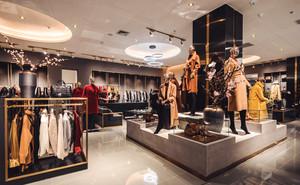 现代风格精致85平米服装店装修效果图