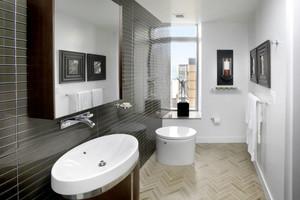 简单实用现代风格卫生间设计装修效果图