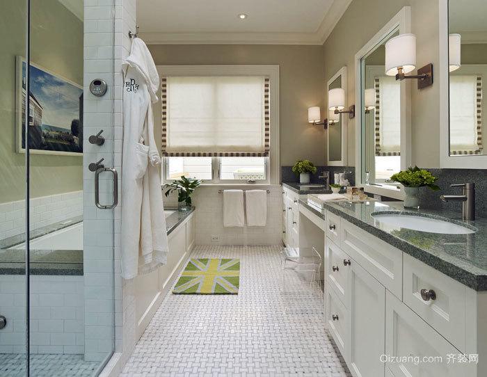 白色精美欧式风格别墅卫生间装修图