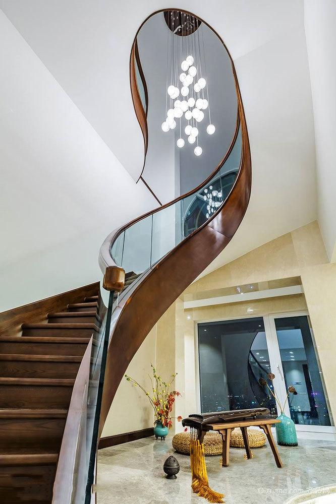 典雅精致新中式风格别墅楼梯设计装修图