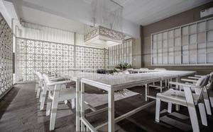 现代风格时尚简单会议室隔断装修效果图