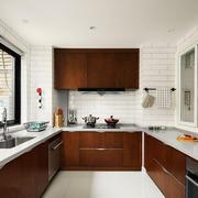 现代风格精致厨房橱柜设计装修效果图