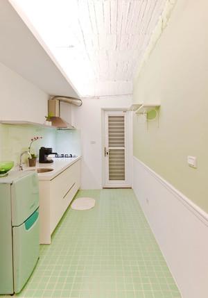 清新精美简约小户型厨房装修效果图