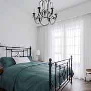 简约北欧风格小户型卧室装修效果图