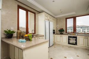 经典欧式风格开放式厨房吧台装修效果图