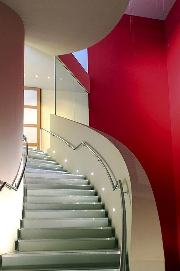 时尚现代风格楼梯设计装修图