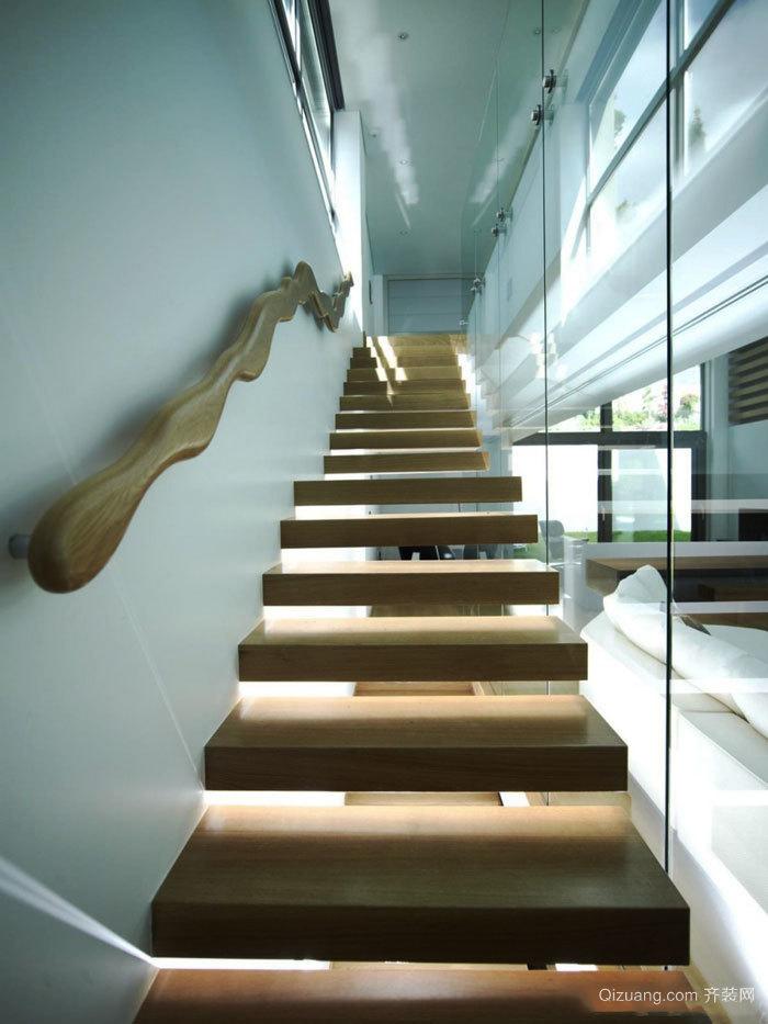 简约风格简单时尚楼梯设计装修效果图