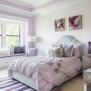 温馨浅色欧式风格卧室飘窗装修效果图