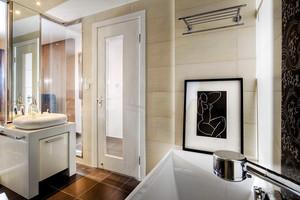 现代简约风格时尚80平米室内装修效果图