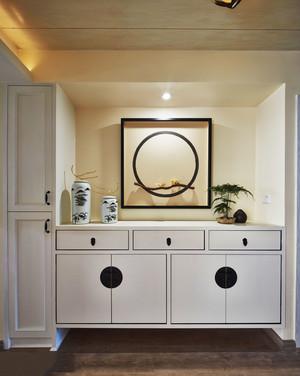 新中式风格入户玄关柜设计装修效果图