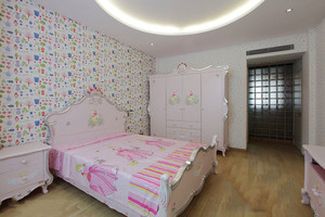 简欧风格温馨舒适儿童房设计装修实景图