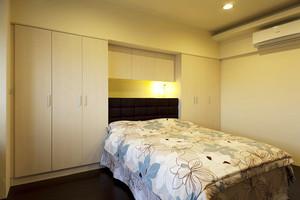 现代风格简单温馨三居室装修效果图