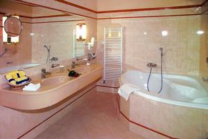 奢华精美欧式风格卫生间装修效果图