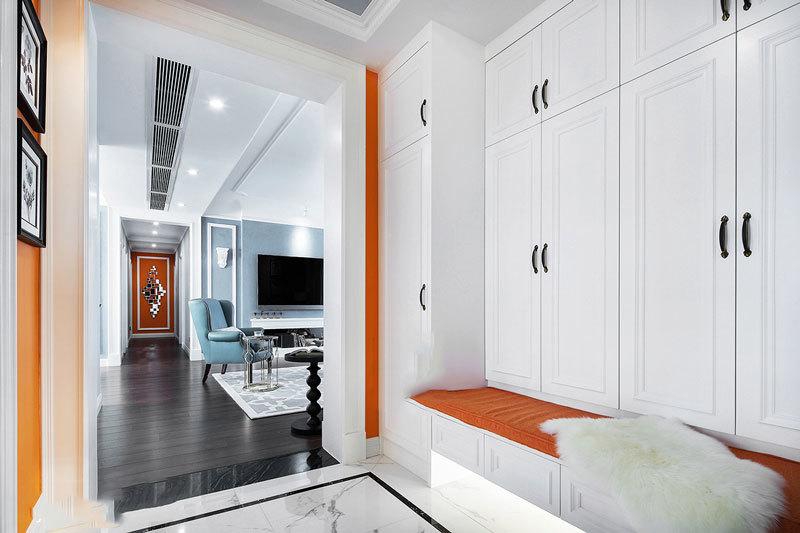 简约风格美观实用玄关鞋柜设计装修图