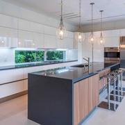 现代风格时尚开放式厨房吊灯装修效果图
