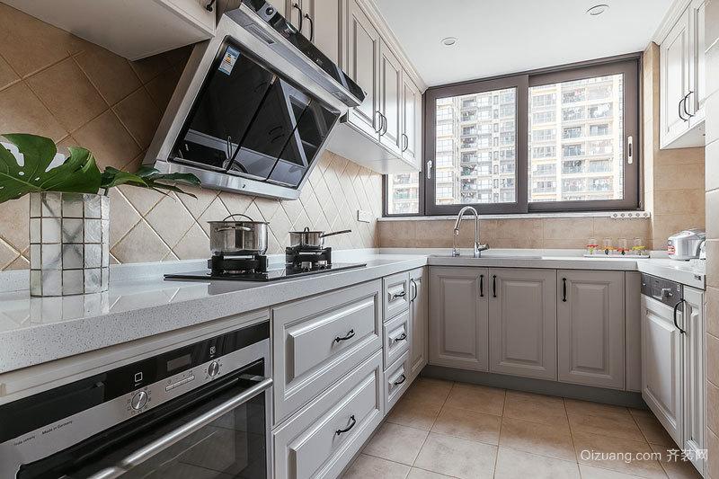 欧式风格精致厨房橱柜设计装修效果图