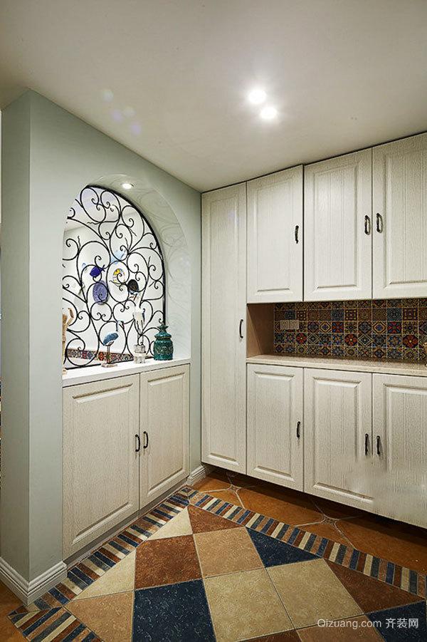 地中海风格温馨舒适三室两厅装修效果图