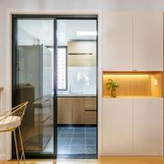 现代风格小厨房拖拉门装修效果图