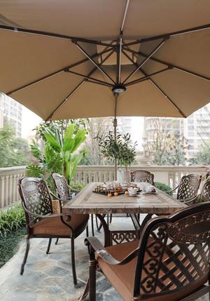 美式风格休闲别墅阳台设计装修效果图