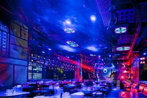 个性独特中式风格酒吧装修设计效果图赏析