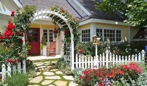 法式别墅花园小径装修效果图赏析