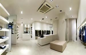 现代简约风格服装店装修效果图