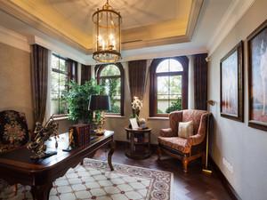 古典风格别墅阁楼书房装修效果图大全