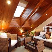 古典复式超低矮阁楼装修效果图