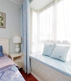 卧室U型飘窗窗帘效果图