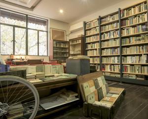 朴素而又古代的风格书店装修图片大全