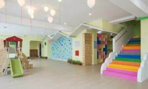 简单好看的幼儿园墙面效果图